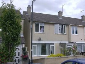 lovely furnished 1 bed flat with council tax and water included. £720 pcm