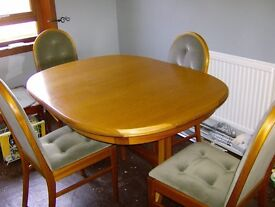 FREE EXTENDING DINING TABLE & 4 CHAIRS