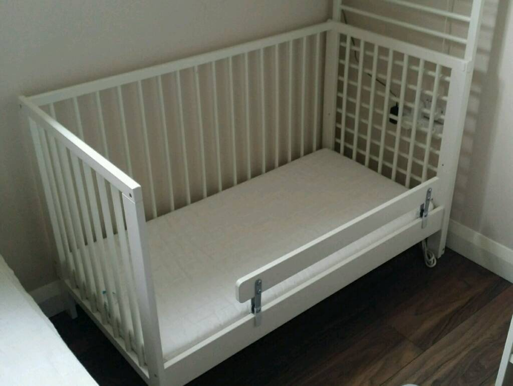 ikea gulliver baby cot vyssa sk nt matress vikare guard rail in antrim county antrim. Black Bedroom Furniture Sets. Home Design Ideas