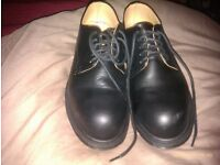 DM'S DR MARTENS SIZE 6 STEEL TOE CAP SAFETY SHOES WORN TWICE, NO BOX, SCHOOL