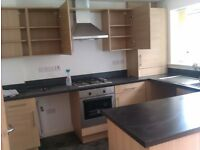 3 DOUBLE BEDROOMS to rent mid town house accommodations over 3 floors