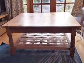 Square reclaimed pine coffee table 42 in x 42in