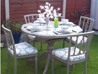 Stunning Refurbished Shabby Chic Extending Kitchen Dining Table and Four Chairs
