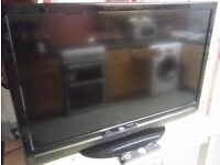 please read ad hitachi 42 lcd freeview tv with remote