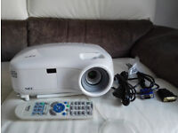 NEC LT380 Projector / Very Bright Image 3000 ANSI lumen / LIKE NEW!