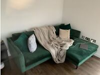 Sofology velvet sleek green, 4-seater sofa with large chaise (only 7 months old)