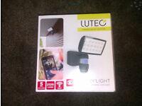 Lutec Peri PIR Security Floodlight with Wireless CCTV - 25W