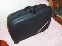 Samsonite hard shell suitcase (used)