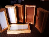 MATCHING SET OF SIX VERSATILE FASHIONABLE CHUNKY PHOTO / PICTURE / PRINT / PAINTING FRAMES