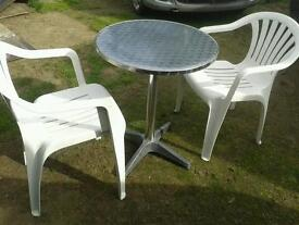 ALUMINIUM & CHROME BISTRO TABLE & 4 WHITE UPVC CHAIRS