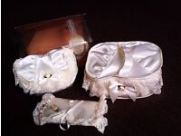 BRAND NEW BEAUTIFUL MATCHING SATIN & LACE VANITY SET OF THREE PIECES, MAKE UP BAGS ORIGINALLY M&S