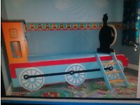 Thomas the tank engines full size single bed