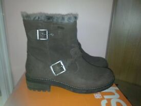 Superdry Womens hurbis Brown leather boots, worn once