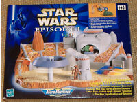 Star Wars Ep 1 Podrace Arena withsmall figuers, Flagman, Jabber the Hutt and Beedo's Podracer