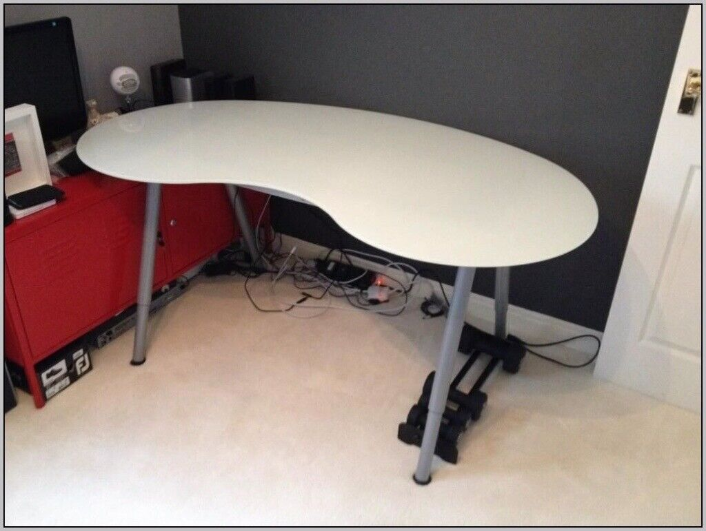Ikea Glass Desk Kidney Bean Shaped With Silver Legs 40 Or Best Offer In Llandeilo Carmarthenshire Gumtree