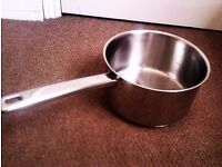 ORIGINAL VERY GOOD QUALITY VERY VERSATILE COOKING POT WITH MEASURE INDICATOR INSIDE