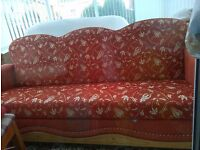 BED SETTEE WITH STORAGE AVAILABLE! ONLY £25.00.