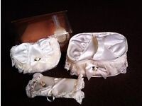 BRAND NEW BEAUTIFUL MATCHING SATIN & LACE VANITY SET OF THREE