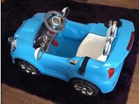 Kids electric car £40