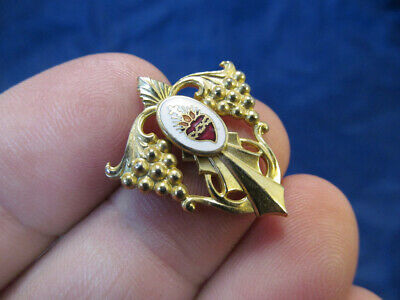 Religeous Brooch