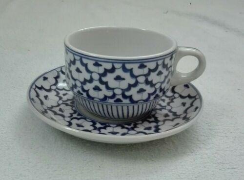 Hand+painted+blue%2Fwhite+oriental%2FThailand+ceramic+china-+2x+tea+cup+%26+saucer+set