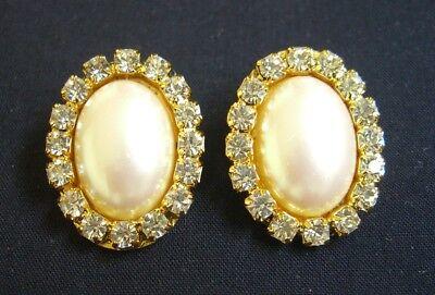Vintage Signed RICHELIEU Crystal Rhinestone Trim Faux Pearl Clip on Earrings