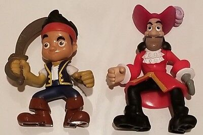 Jake and the Neverland Pirates - Jake and Captain Hook figures -