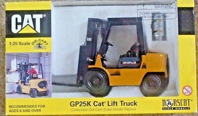 NORSCOT GP25K CATERPILLAR FORKLIFT TRUCK 1:25 IN BOX NO. 55071 DIE-CAST 6