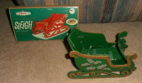 VINTAGE WOOLWORTH CHRISTMAS WOODEN SLEIGH IN BOX 1966 MADE IN JAPAN