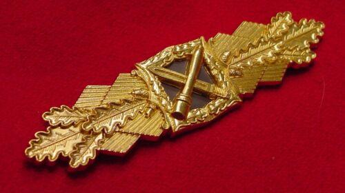 GERMAN WWII CLOSE COMBAT CLASP IN GOLD BUNDESREPUBLIK WEHRMACHT VETERANS