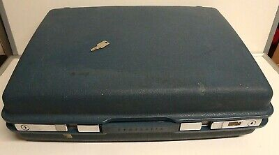 Vintage Medium  Samsonite hard shell suitcases With Key