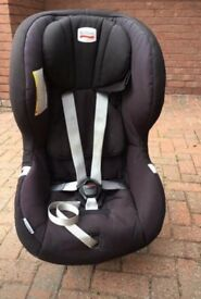 **Britax Maxway- rear facing car seat 9- 25kg- good condition**
