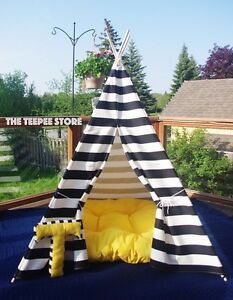 Teepee tipi wigwam play tent nautical style black and white Downtown-West End Greater Vancouver Area image 5