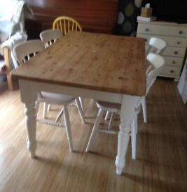 Lovely solid pine farmhouse table.