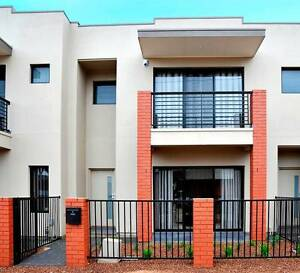 MODERN & TRENDY TOWNHOUSE Brompton Charles Sturt Area Preview