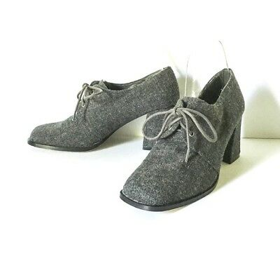 New York Transit Gray fabric lace up Shoes 8M Tall heels New Fabric Heels Shoes