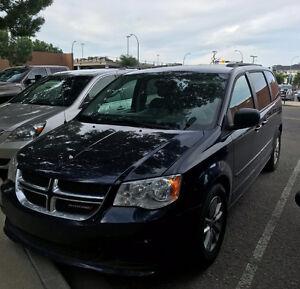 2013 Dodge Caravan Minivan, Van