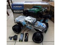 ***AS NEW ECX RUCKUS 1/10 ELECTRIC RC MONSTER TRUCK - 550 MOTOR + WATERPROOF ELECTRICS + 2 x BATT***