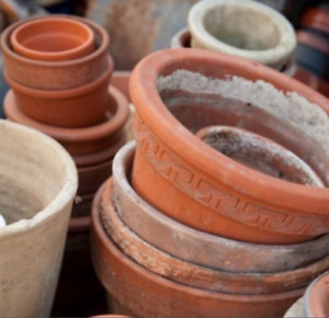 WANTED NEW OR USED CLAY FLOWER POTS