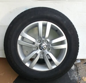"VW Tiguan 16"" Alloy rims and  tires ( optional winters )"