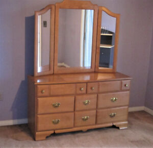 Shermag Solid Maple Dresser/Tri- Mirror/Bed Made In Canada