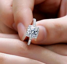 Brilliant Cut Cubic Zirconia Ring, Size 6