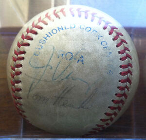 OFFERS? BLUE JAYS 80s Autographed Baseball JIM CLANCY TOM HENKE