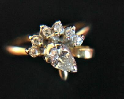 18ct Genuine Diamonds 'Peacock' Ring Valuation $2300 Pear Cut