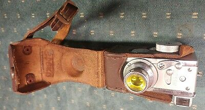 Vintage Steky Model III Mini Spy Camera 16mm film 25mm lens with leather case.