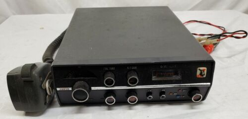 Johnson Viking 352 - AM / SSB Transceiver CB Car Radio -Tested - Fires Up - READ