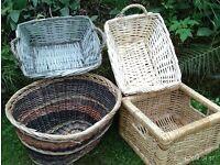 4 strorage baskets