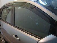 Ford Focus, Rain deflectors 2004-2011 mk2