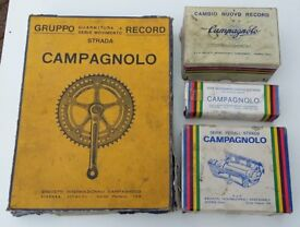 VINTAGE CAMPAGNOLO BIKE BOX PARTS COLLECTION