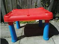 Kids sand, water table